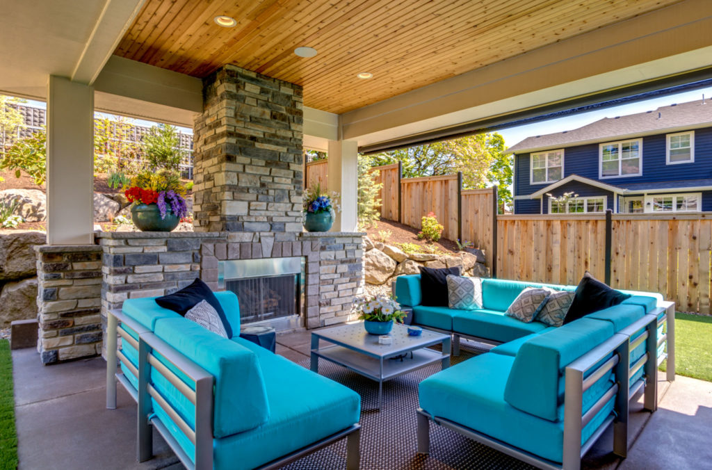 Drew Shane Home Sales Luxury and Commercial Portland Real Estate Agent Backyard Patio photography Lake Oswego West Linn